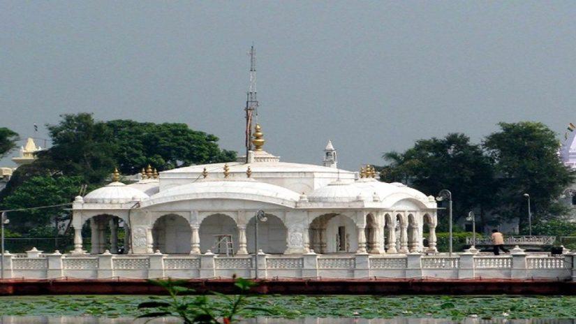 Jal Mandir, Pavapuri